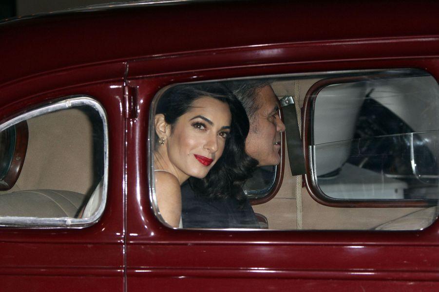 Amal et George Clooney à Los Angeles le 1er février 2016