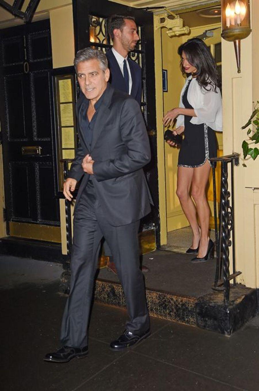 Amal et George Clooney à New York le 3 avril 2015