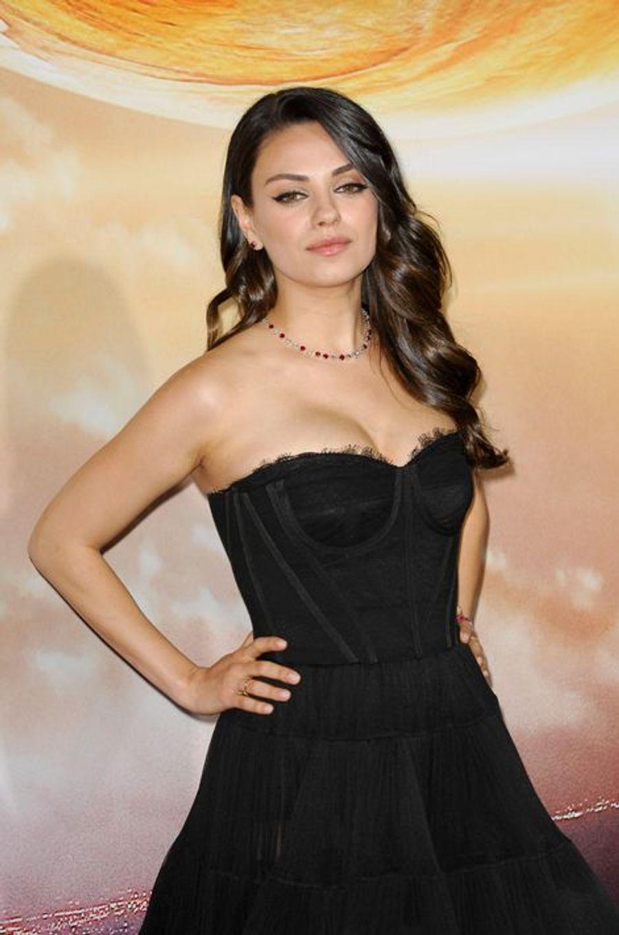 Mila Kunis à Los Angeles le 2 février 2015