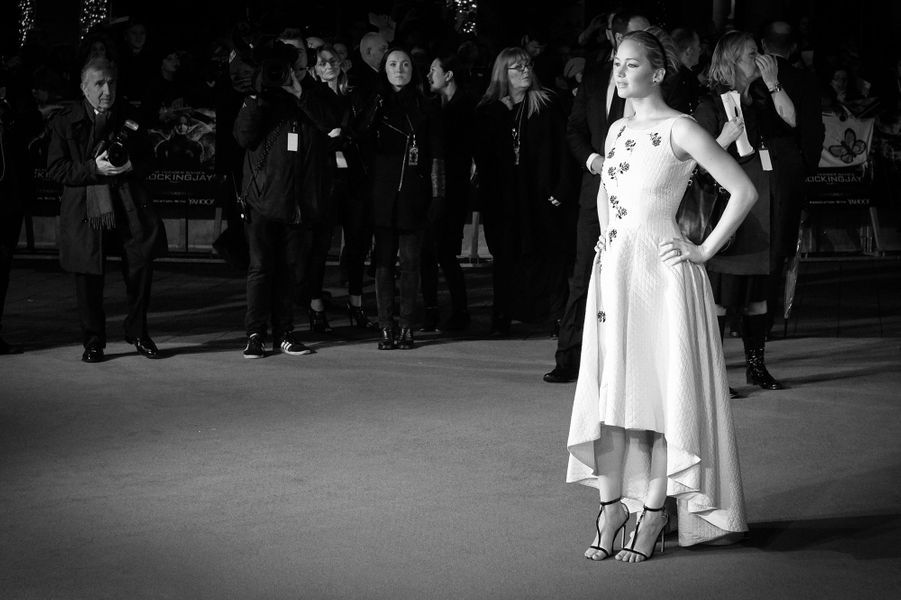 """Jennifer Lawrence à la première londonienne de """"Hunger Games"""", en novembre 2014"""