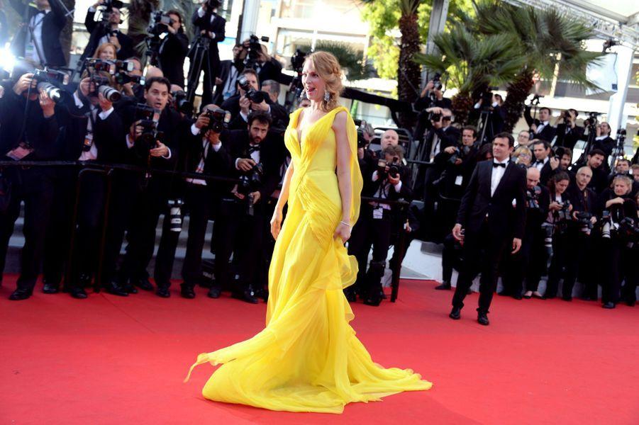 Uma Thurman en Atelier Versace au Festival de Cannes, en mai 2014
