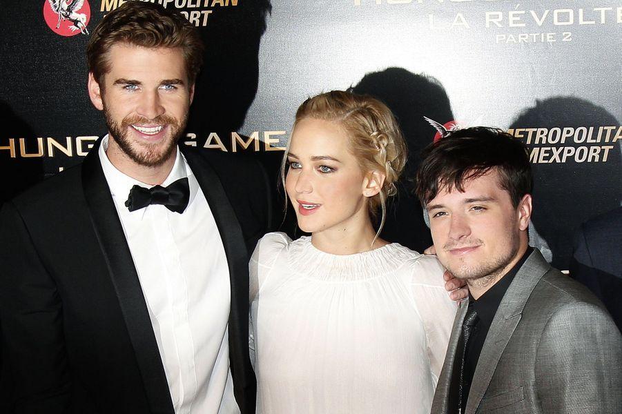 Liam Hemsworth, Jennifer Lawrence et Josh Hutcherson à Paris le 9 novembre 2015