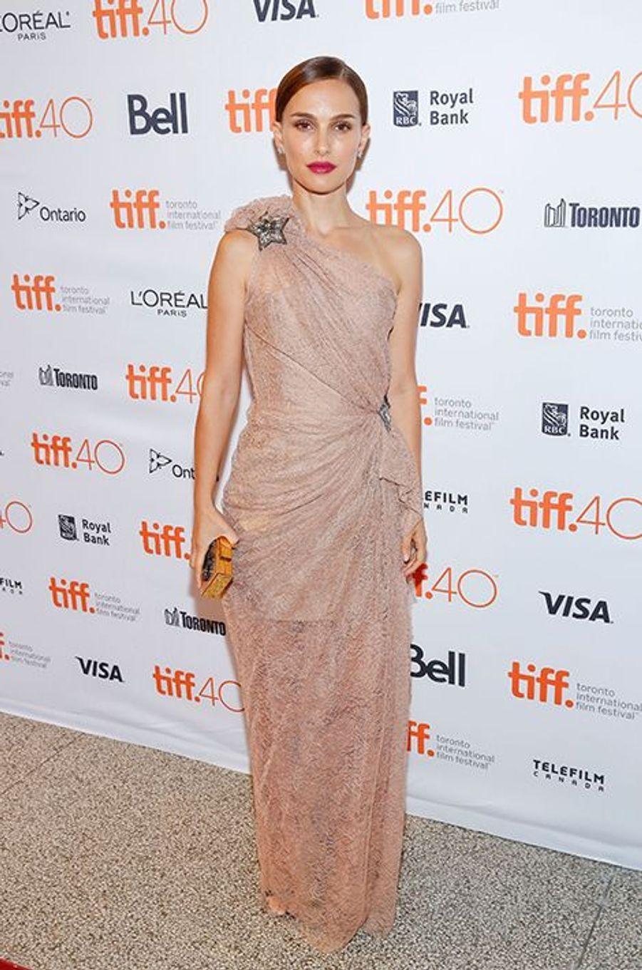 Natalie Portman à Toronto le 10 septembre 2015
