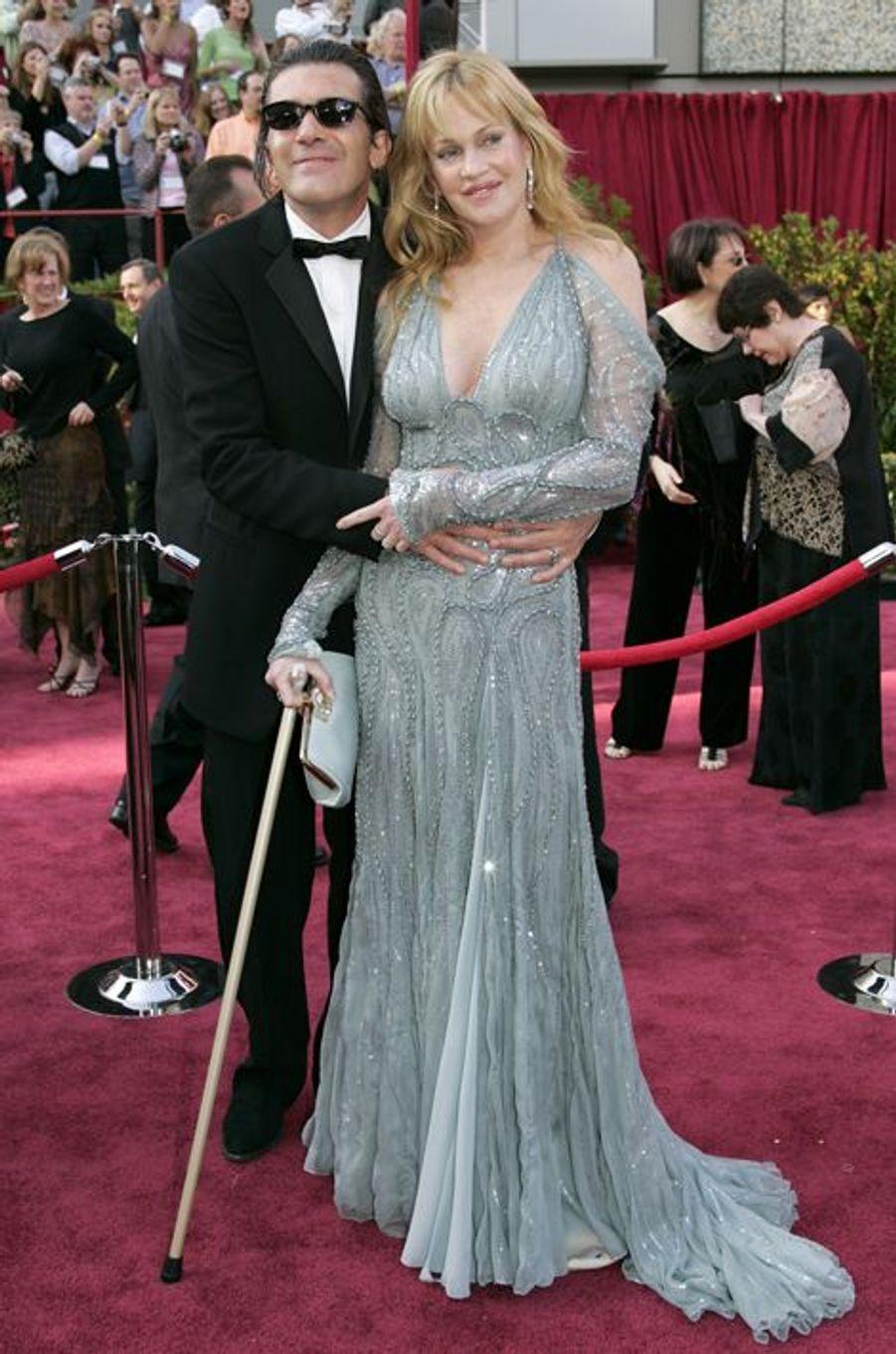 Melanie Griffith en Versace aux Oscars 2005