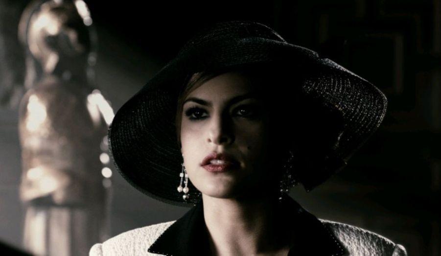 La bomba latina fait partie du prestigieux casting de The Spirit, aux côtés de Gabriel Macht, Samuel L. Jackson et la plantureuse Scarlett Johansson.