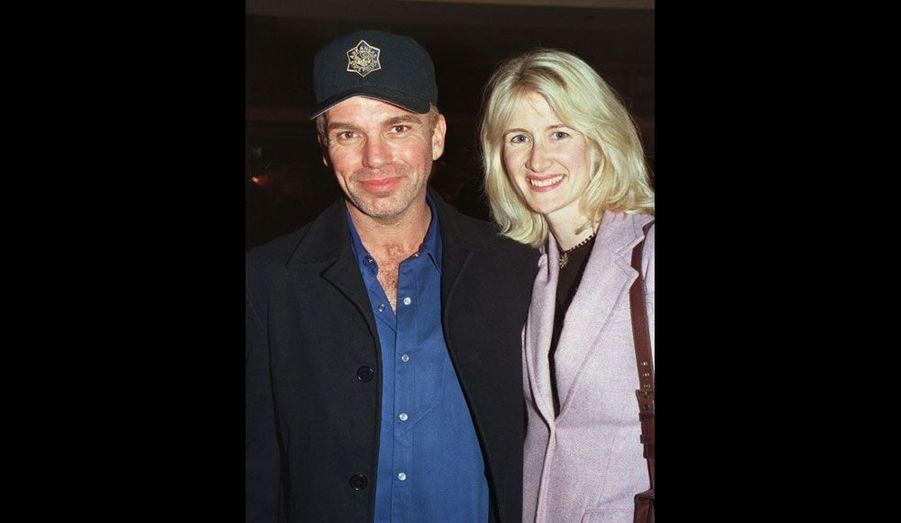 Alors qu'il était fiancé à l'actrice Laura Dern, Billy Bob Thornton l'a abandonnée en 2000 pour tomber dans les bras d'Angelina Jolie, qui deviendra sa femme.