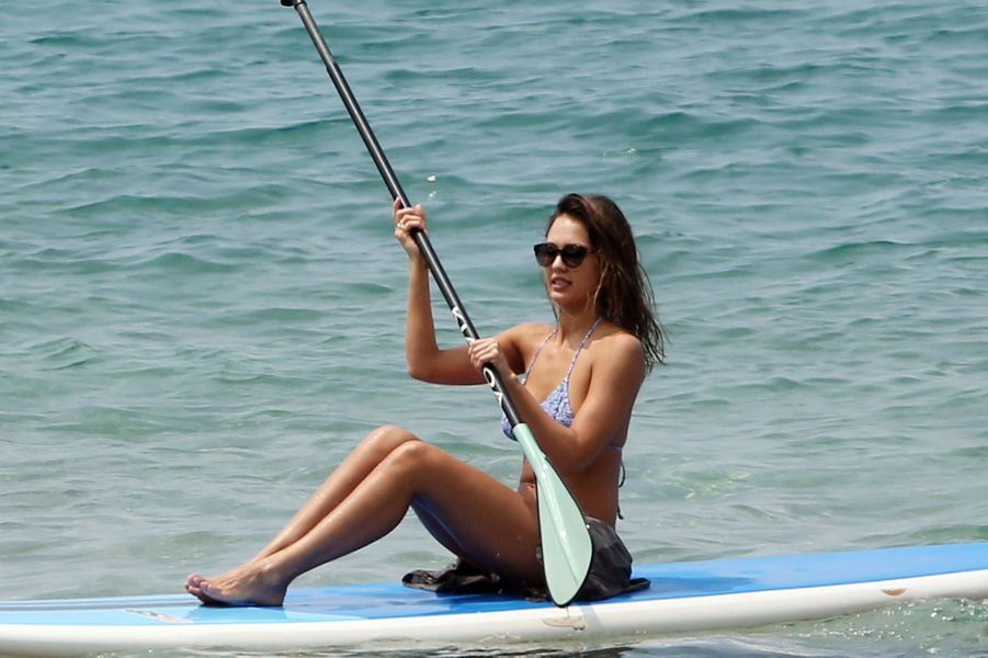 Jessica Alba à Hawaï le 22 mars 2016