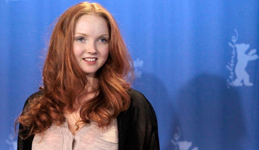 Jolie poupée rencontrée sur le tournage de L'Imaginarium du Docteur Parnassus, Lily Cole a craqué pour les yeux vert de l'acteur.