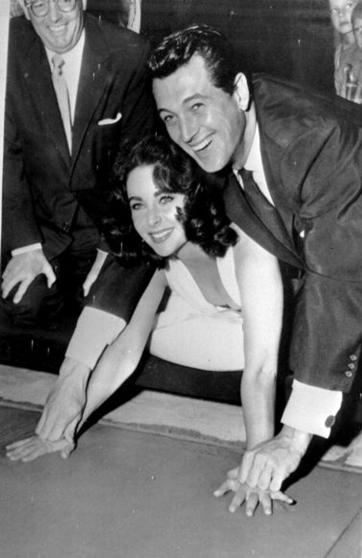"""De leur rencontre sur le plateau de """"Géant"""" en 1956, à sa mort en 1985, Liz et Rock ont connu une amitié extrêmement forte."""