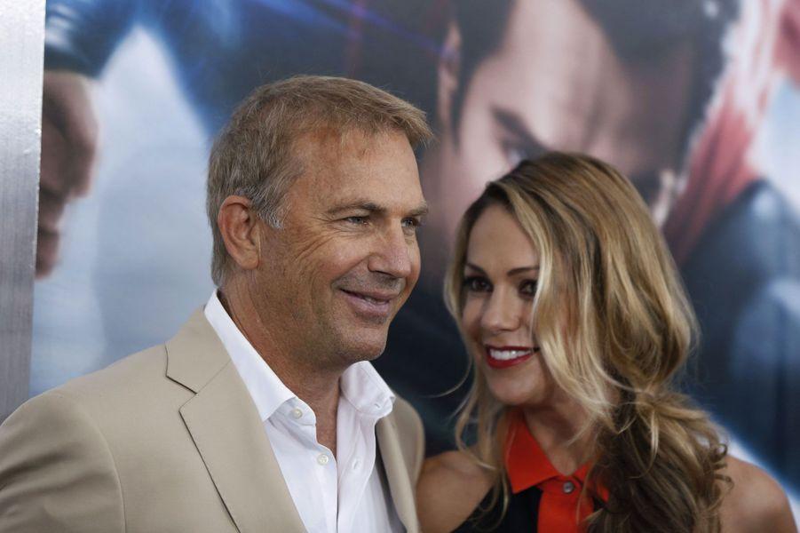 Kevin Costner et Christine Baumgartner
