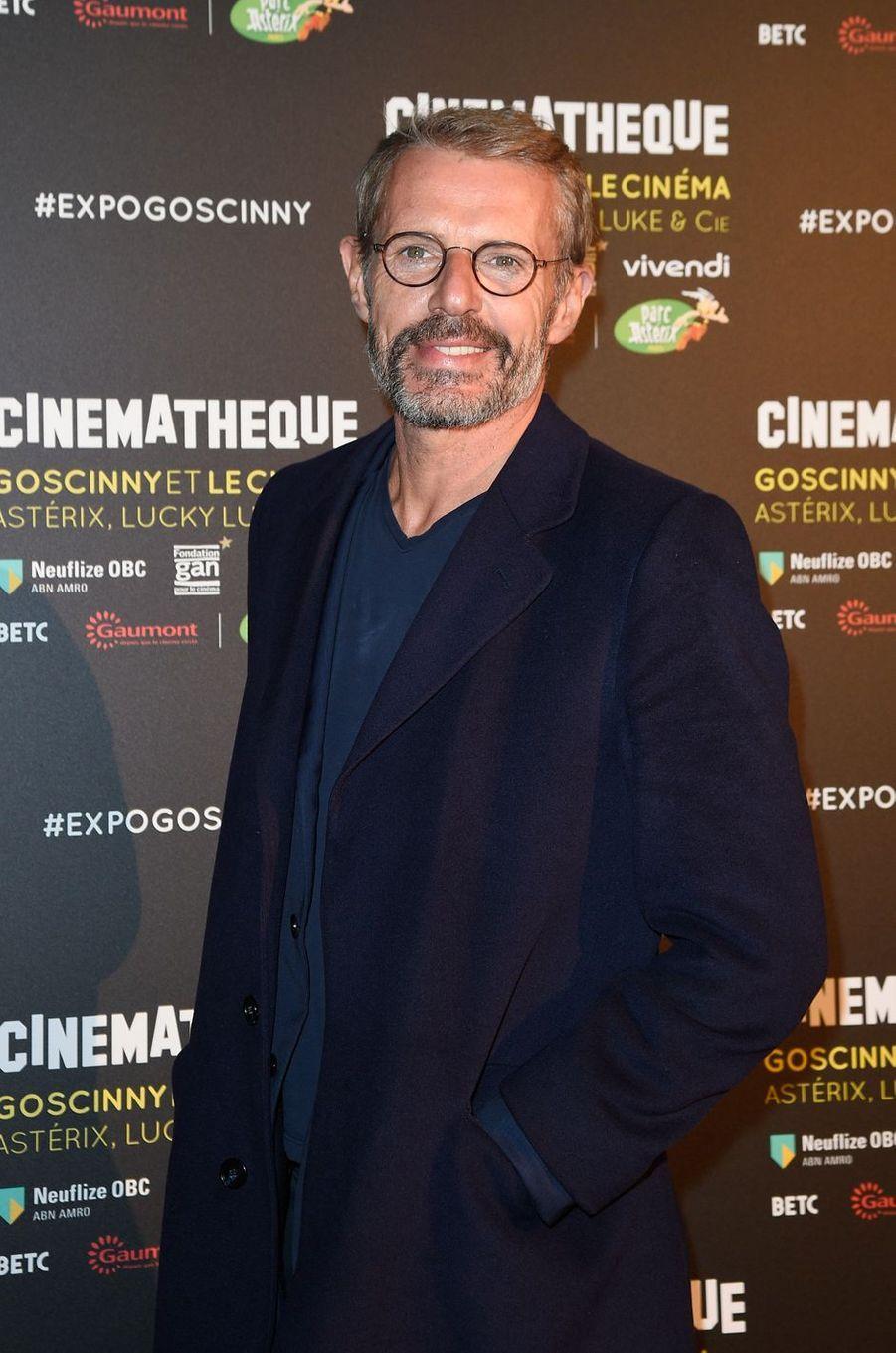 """Lambert Wilson à l'exposition """"Goscinny et le cinéma"""", le 2 octobre 2017 à Paris."""