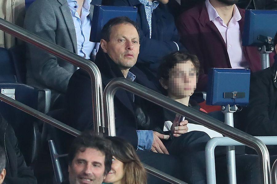 Marc Olivier Fogiel dans les tribunes du match PSG-Monaco