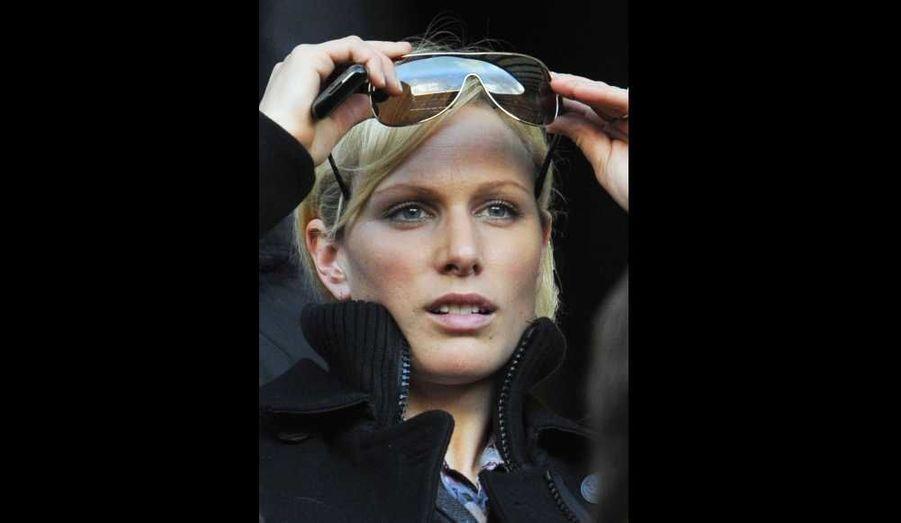 Zara Phillips, la fille de la princesse Anne d'Angleterre assistant au match du Tournoi des Six Nations opposant l'Angleterre à l'Italie, à Twickenham.