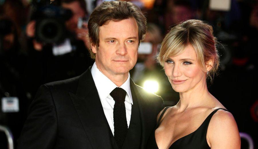 """Colin Firth et Cameron Diaz posent pour la première mondiale de leur film """"Gambit"""", à Londres."""