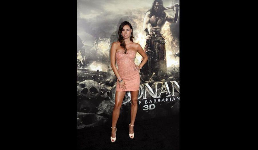 La comédienne Alina Puscau à la première de «Conan le barbare» à Los Angeles.