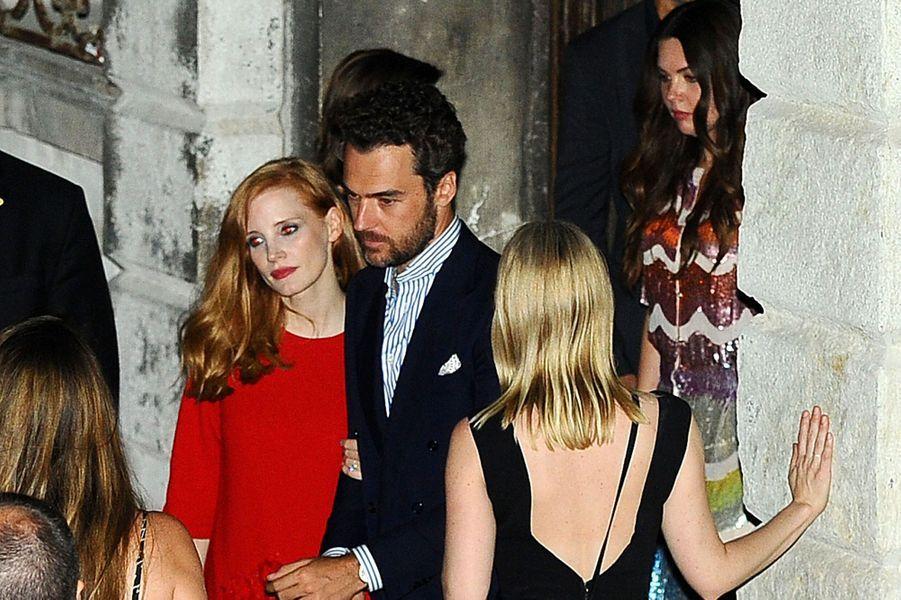 La sublime actrice Jessica Chastain a épousé ce week-end son amoureux italien Gian Luca Passi de Preposulo.