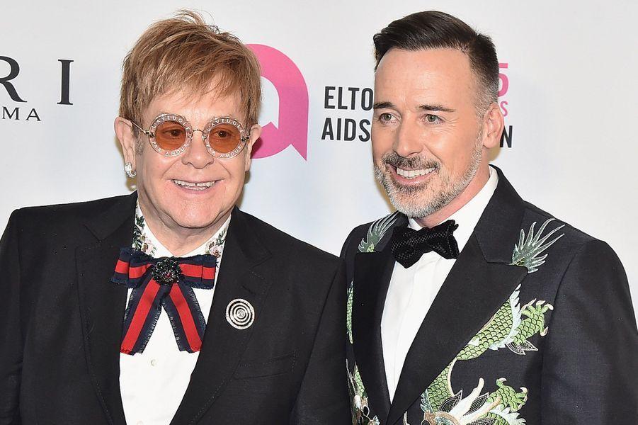 """Elton John et David Furnishà la soirée de gala des 25 ans de la """"Elton John AIDS Foundation"""", le 7 novembre 2017 à New York."""