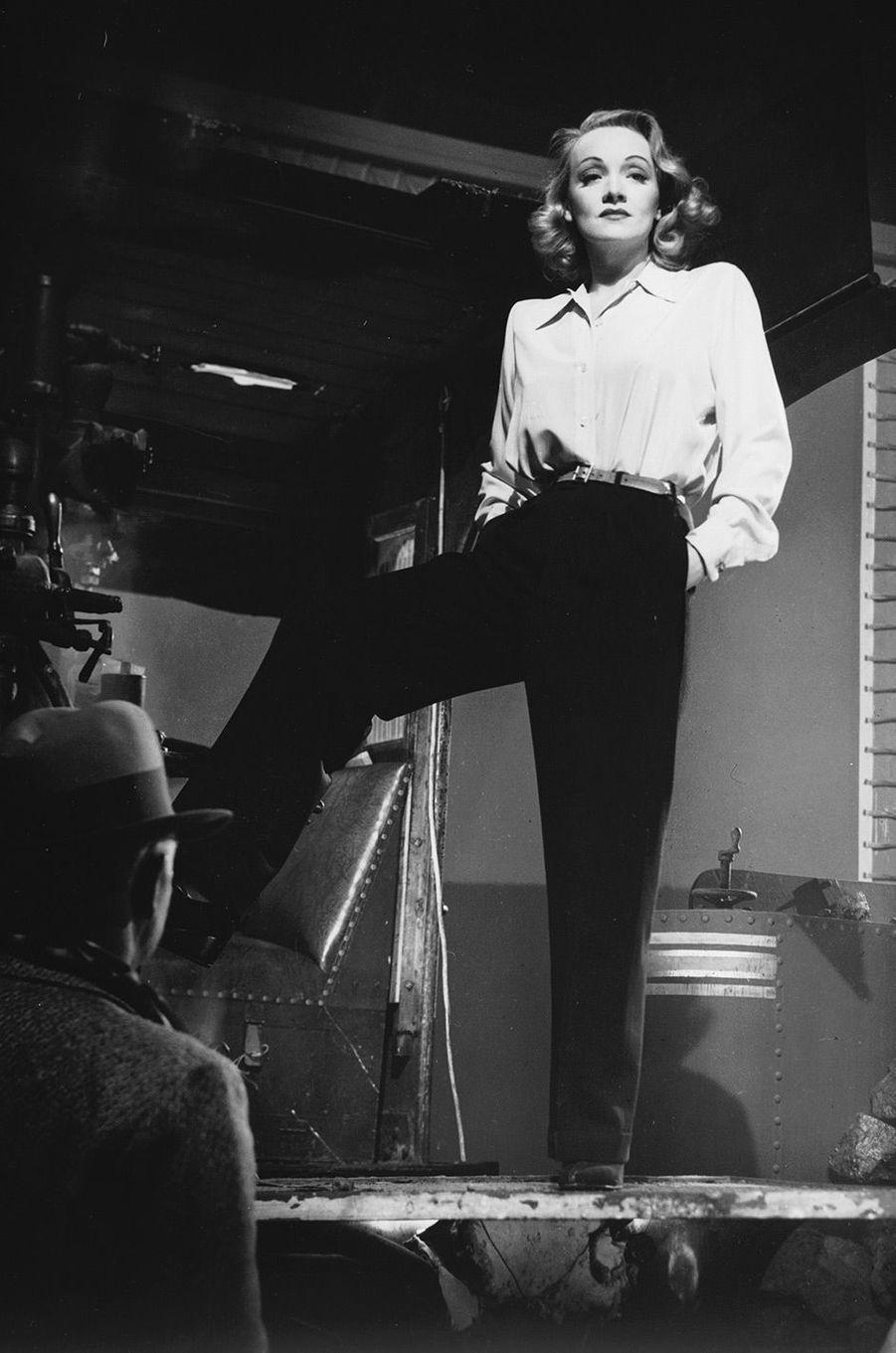 Marlene Dietrich en 1942