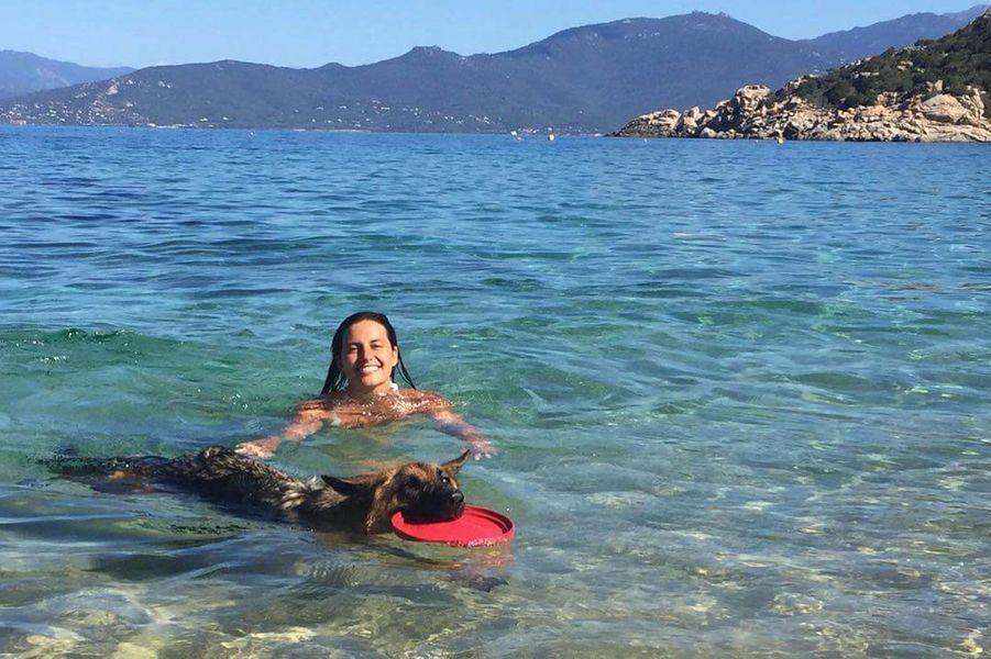 Laetitia Milot en vacances.