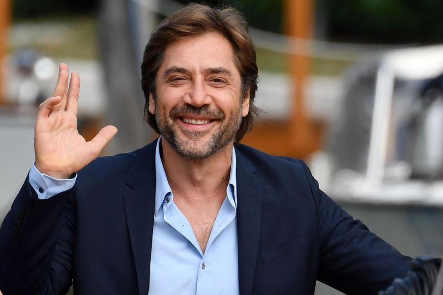 Javier Bardem arrive à Venise.