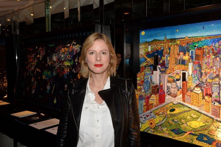 Karine Viard au vernissage de l'exposition de Johann Perathoner, Urban 3D