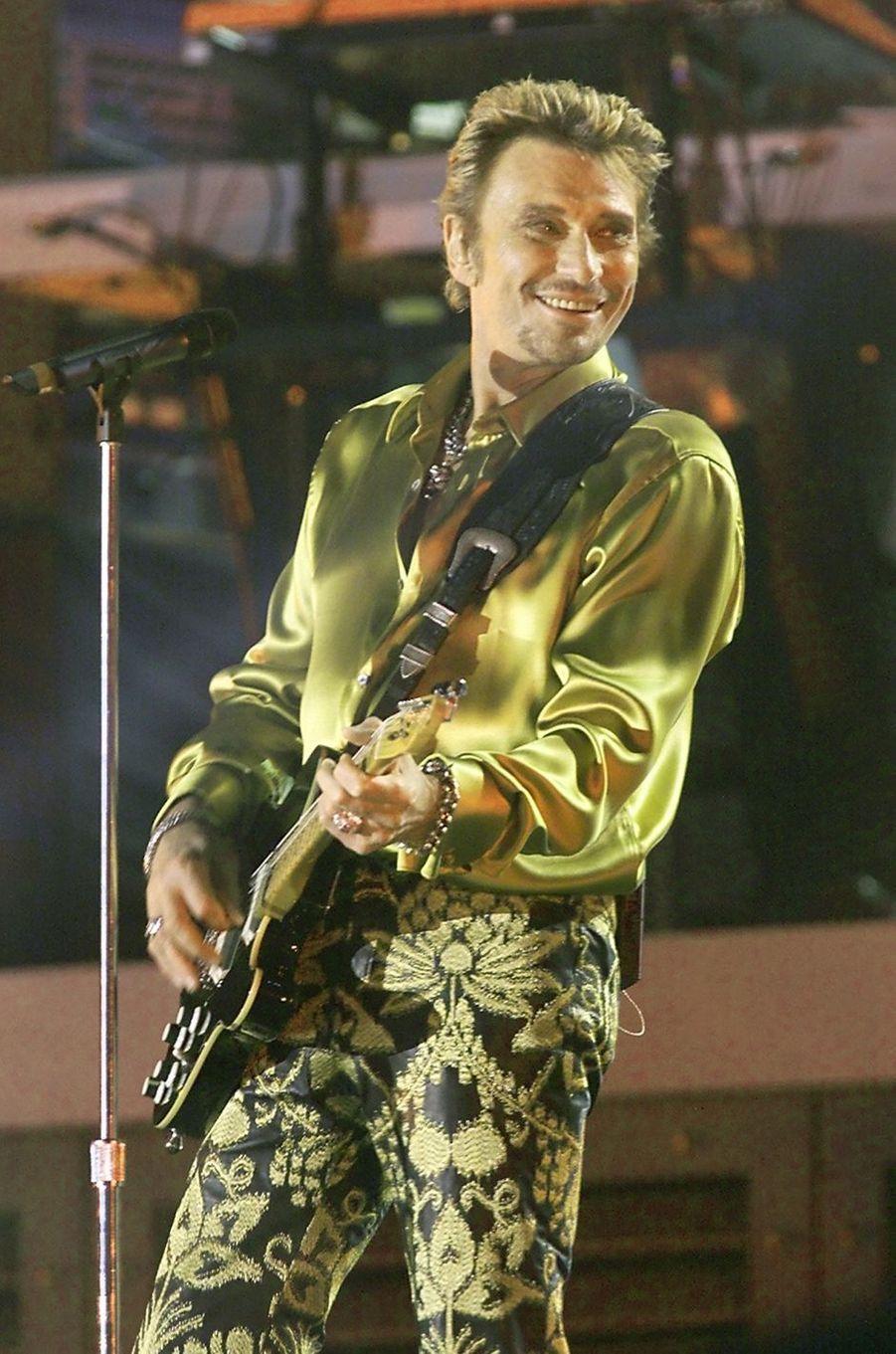 Johnny Hallyday le 10 juin 2000 sur l'esplanade du Champ de Mars à Paris.