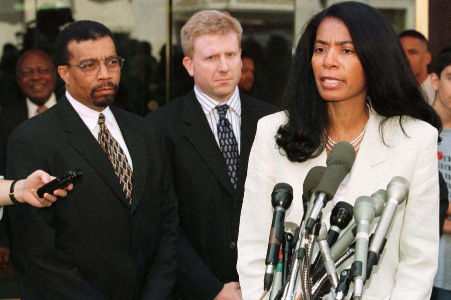 Judy Smith durant l'affaire Monica Lewinsky en 1998.