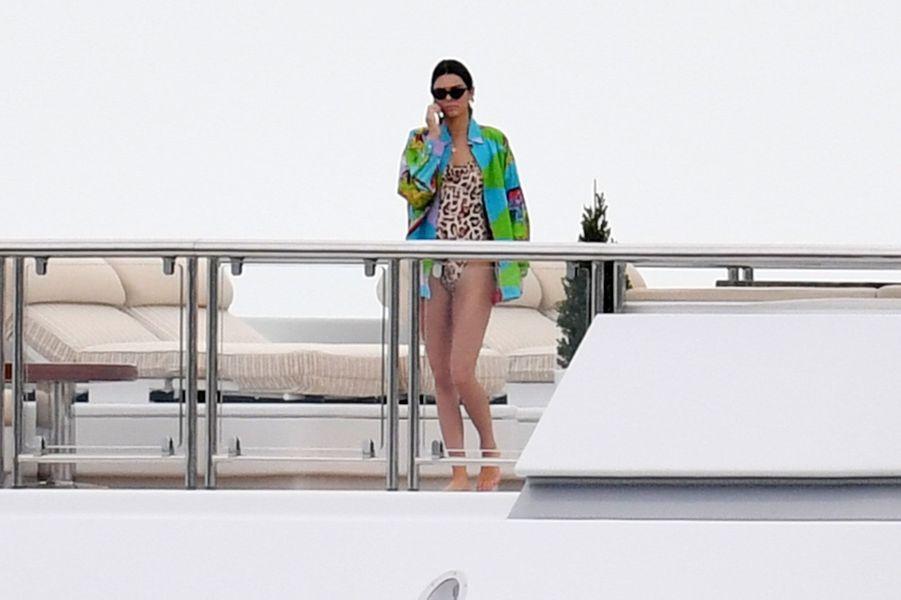 Kendall Jenner sur un Yacht