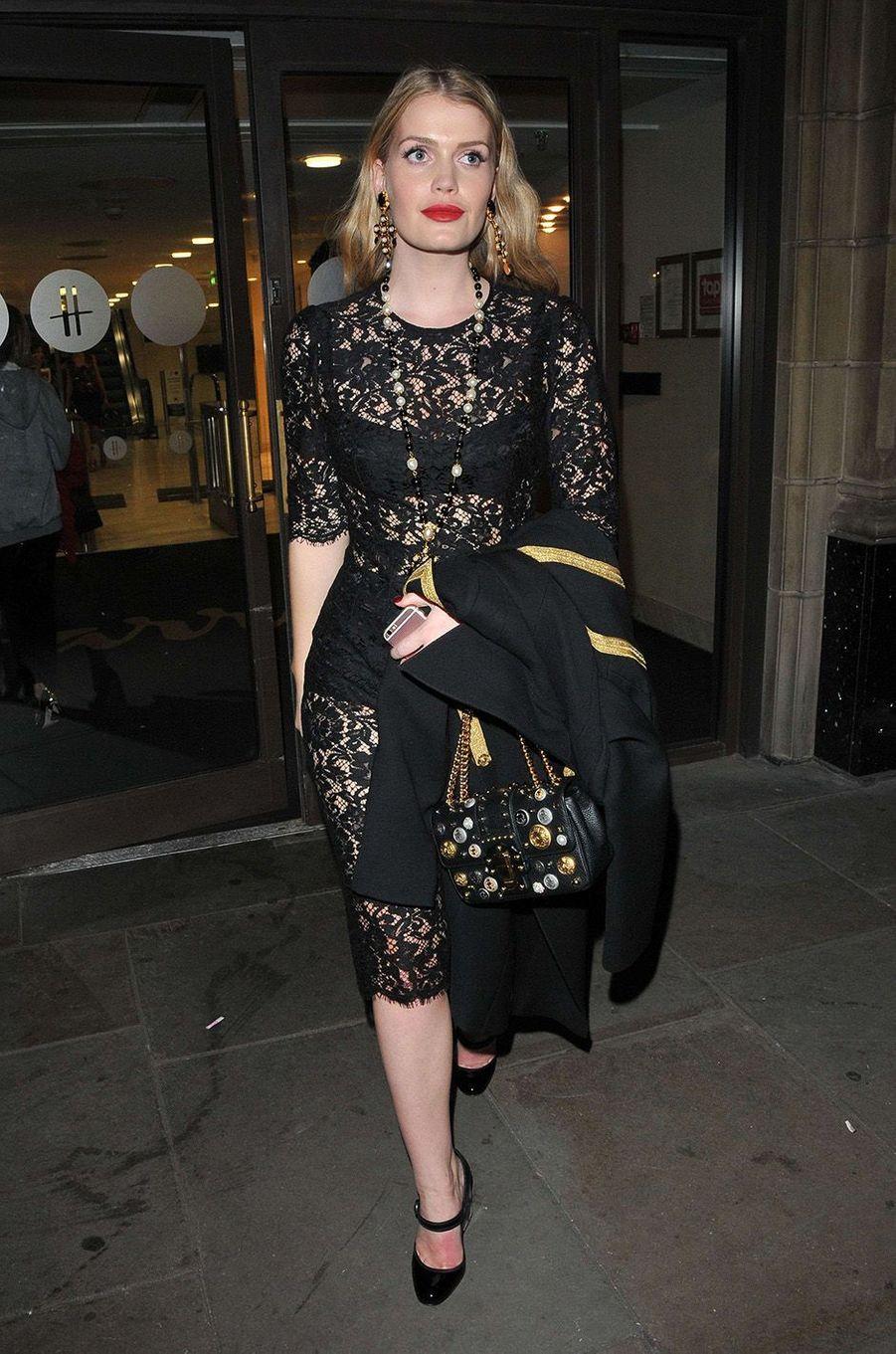 Kitty Spencer, nouvelle star de Dolce & Gabbana.