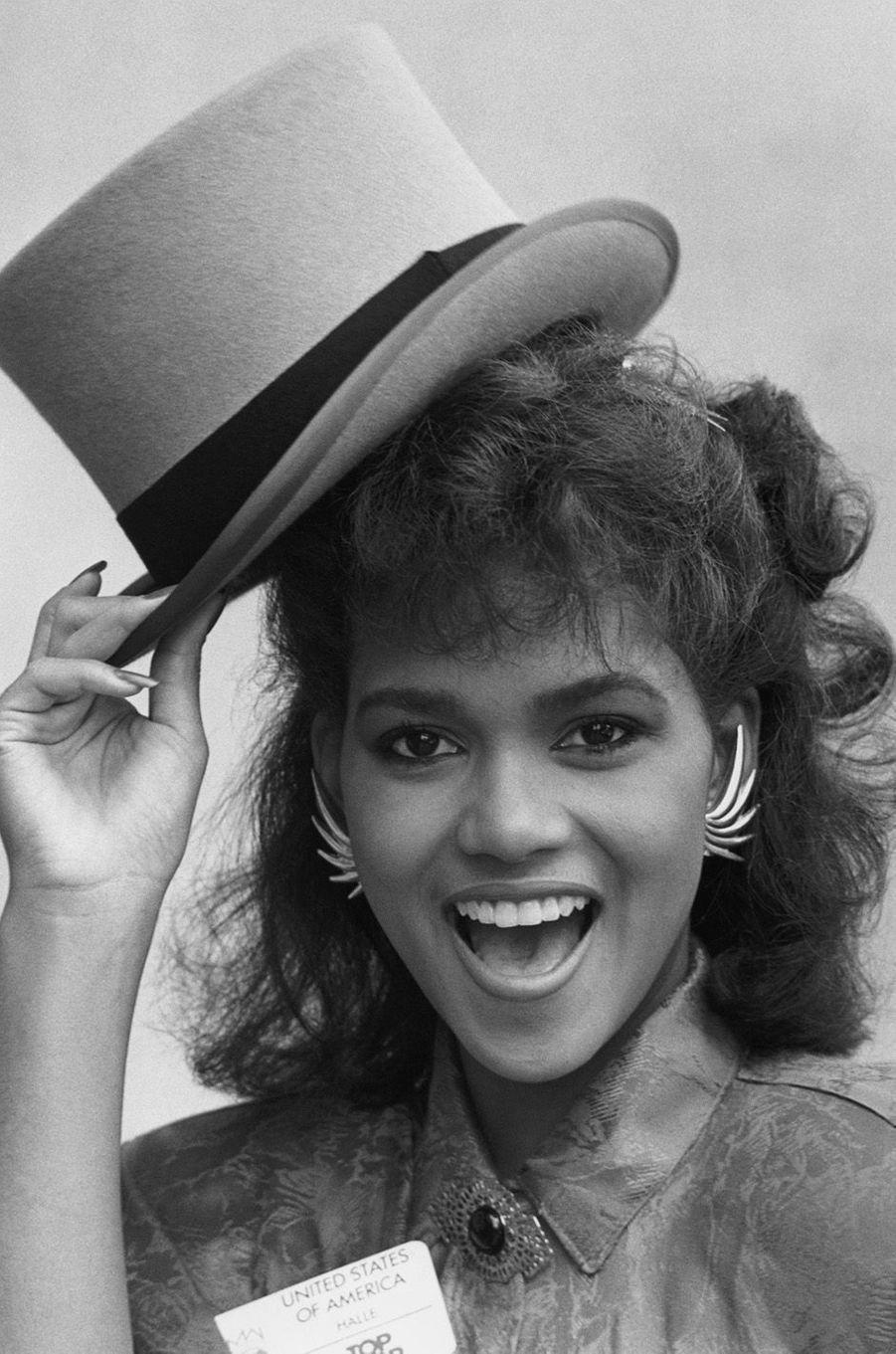 Halle Berry en novembre 1986.