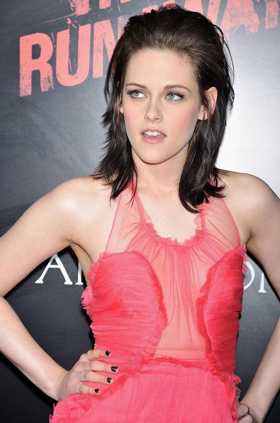"""Kristen Stewart à l'avant-première de """"The Runaways"""" à Los Angeles en 2010."""