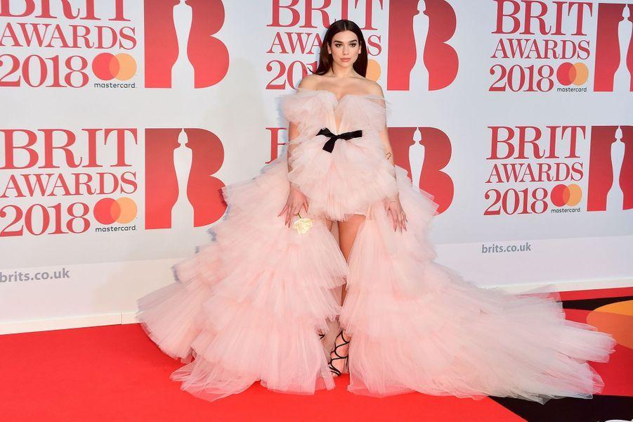 Dua Lipa à la soirée des Brit Awards 2018 à Londres, le 21 février 2018.
