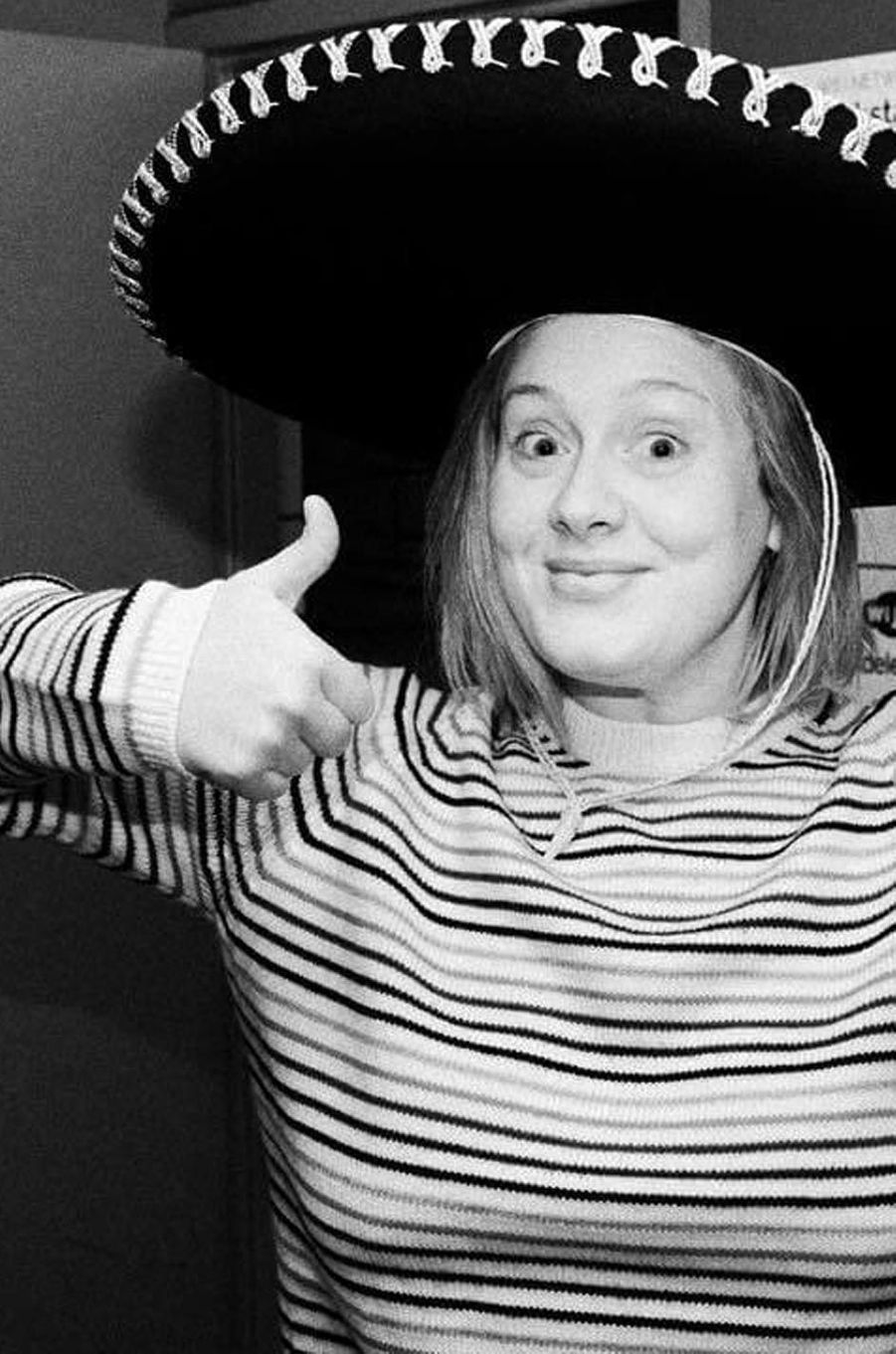 Adele prend la pose au Mexique.