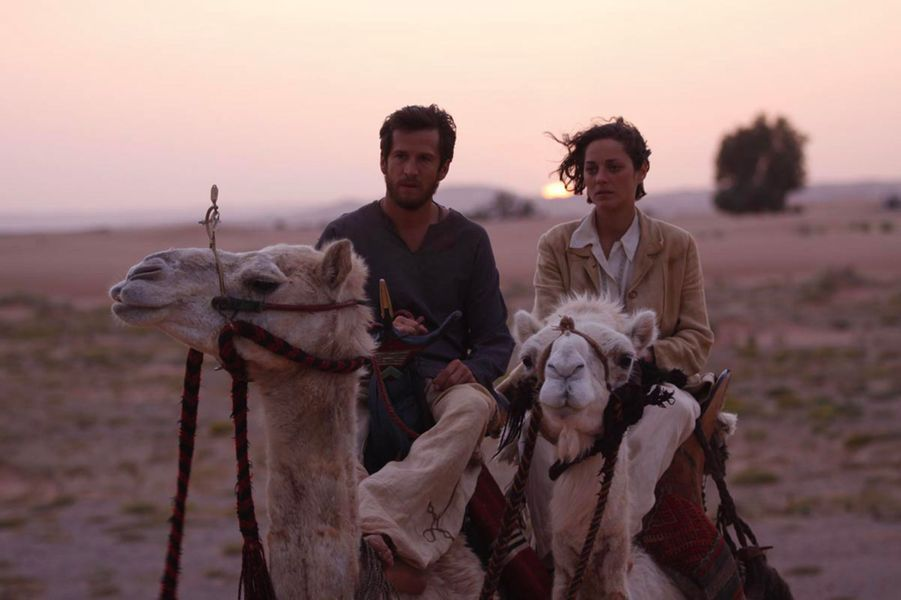 """Marion Cotillard et Guillaume Canet dans """"Le dernier vol"""" en 2009"""