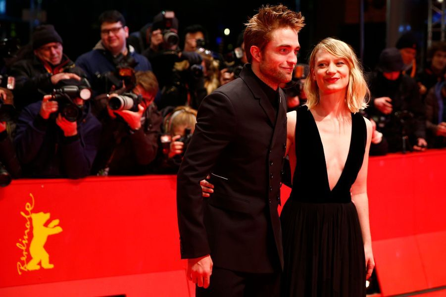 Robert Pattinson et Mia Wasikowska au Festival de Berlin 2018