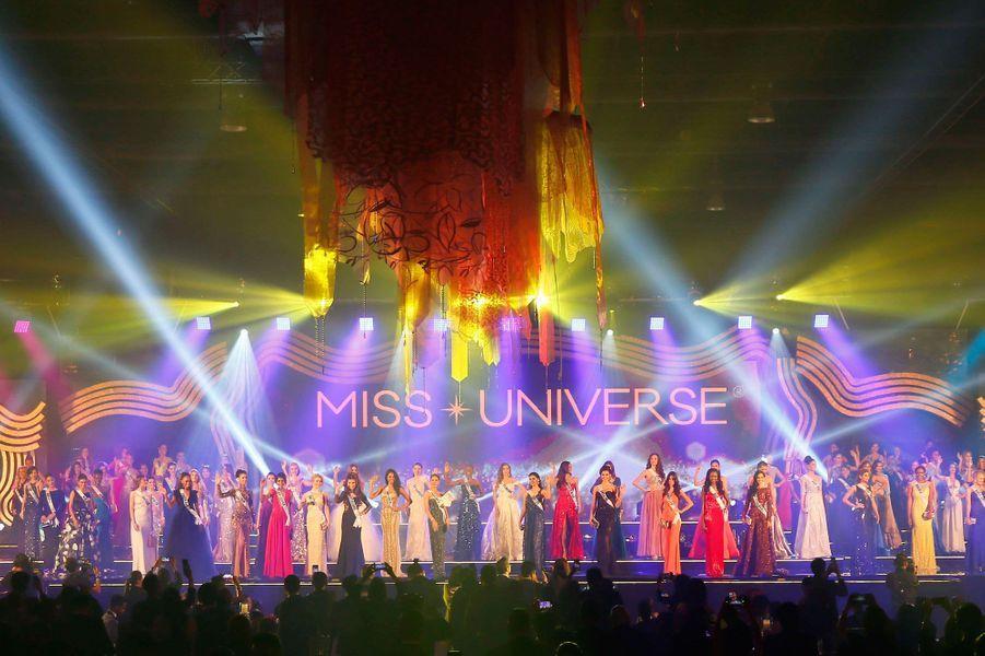 Premier défilé de Miss Univers 2016, à Manille