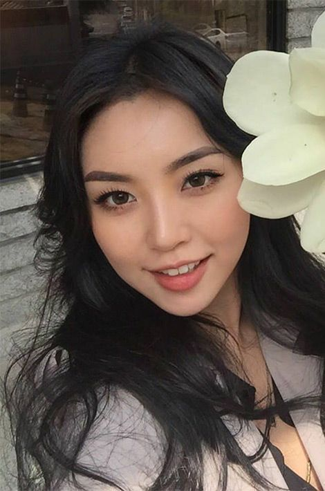 Se Hui Cho, Miss Corée du Sud.