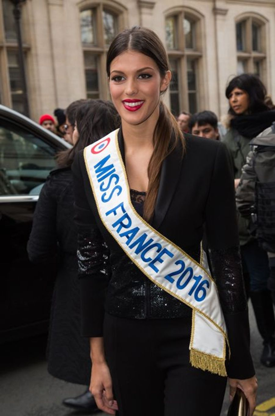Iris Mittenaere (Miss France 2016) au défilé Jean Paul Gaultier