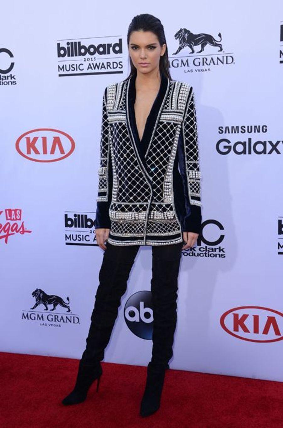 Kendall Jenner en Balmain pour H&M aux Billboard Music Awards, en mai 2015