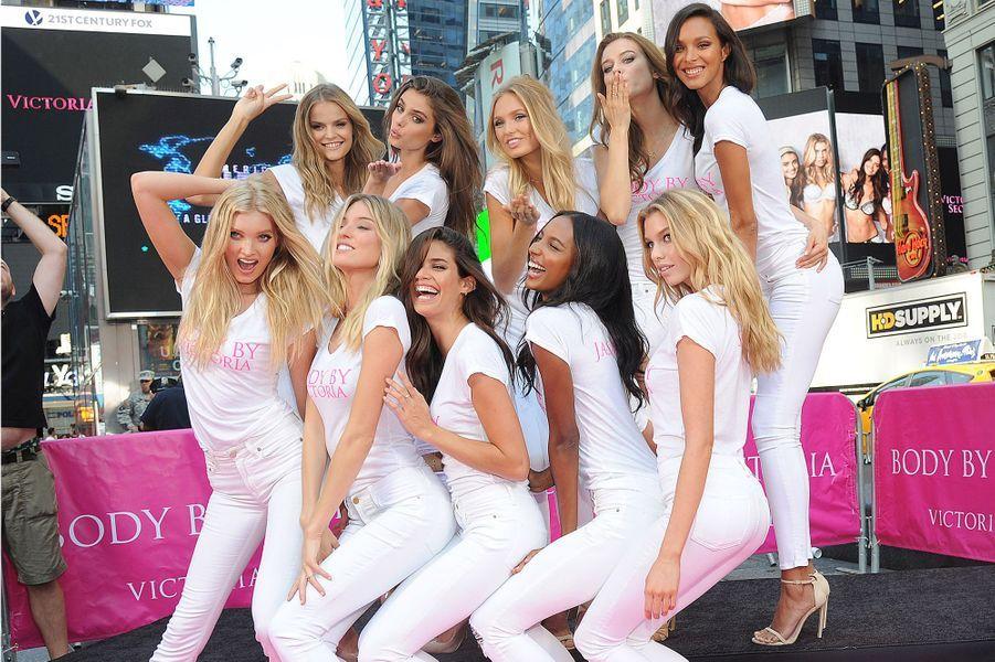 Les 10 nouveaux Anges de Victoria's Secret à New York le 28 juillet 2015