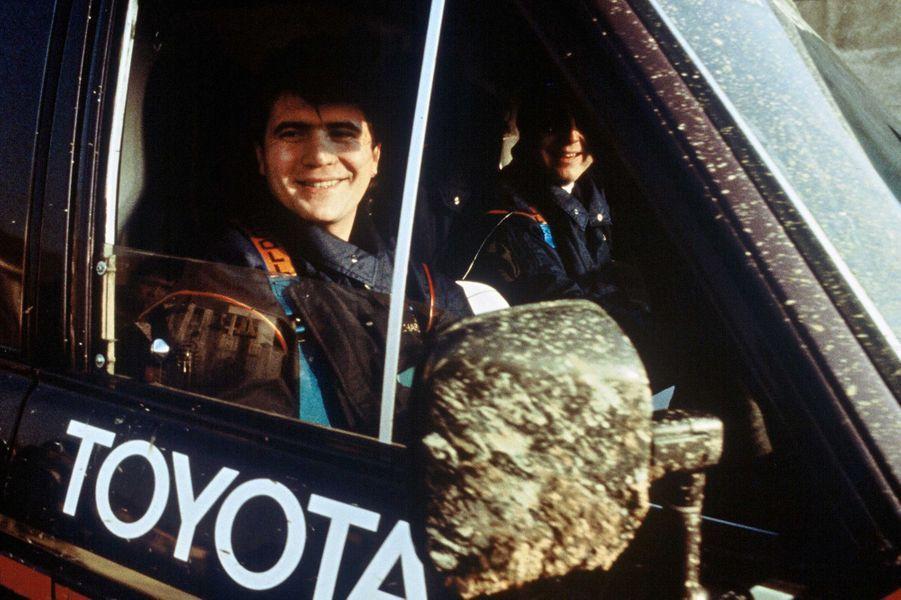 Lors du prologue du Paris-Dakar à Cergy-Pontoise en décembre 1984