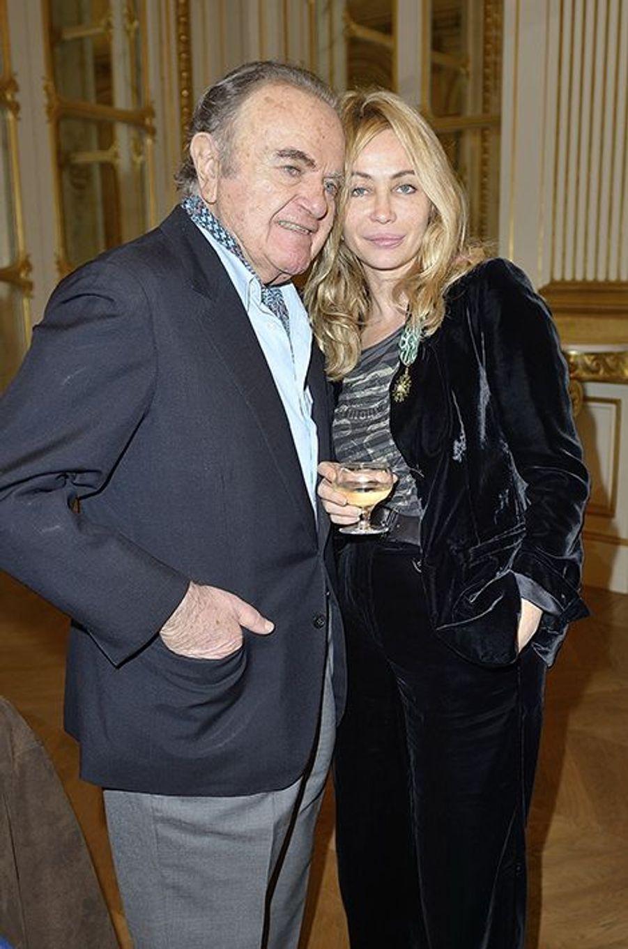 En 2012, l'actrice avait pu compter sur le soutien de son papa pour recevoir les insignes de chevalier dans l'Ordre national des Arts et des Lettres