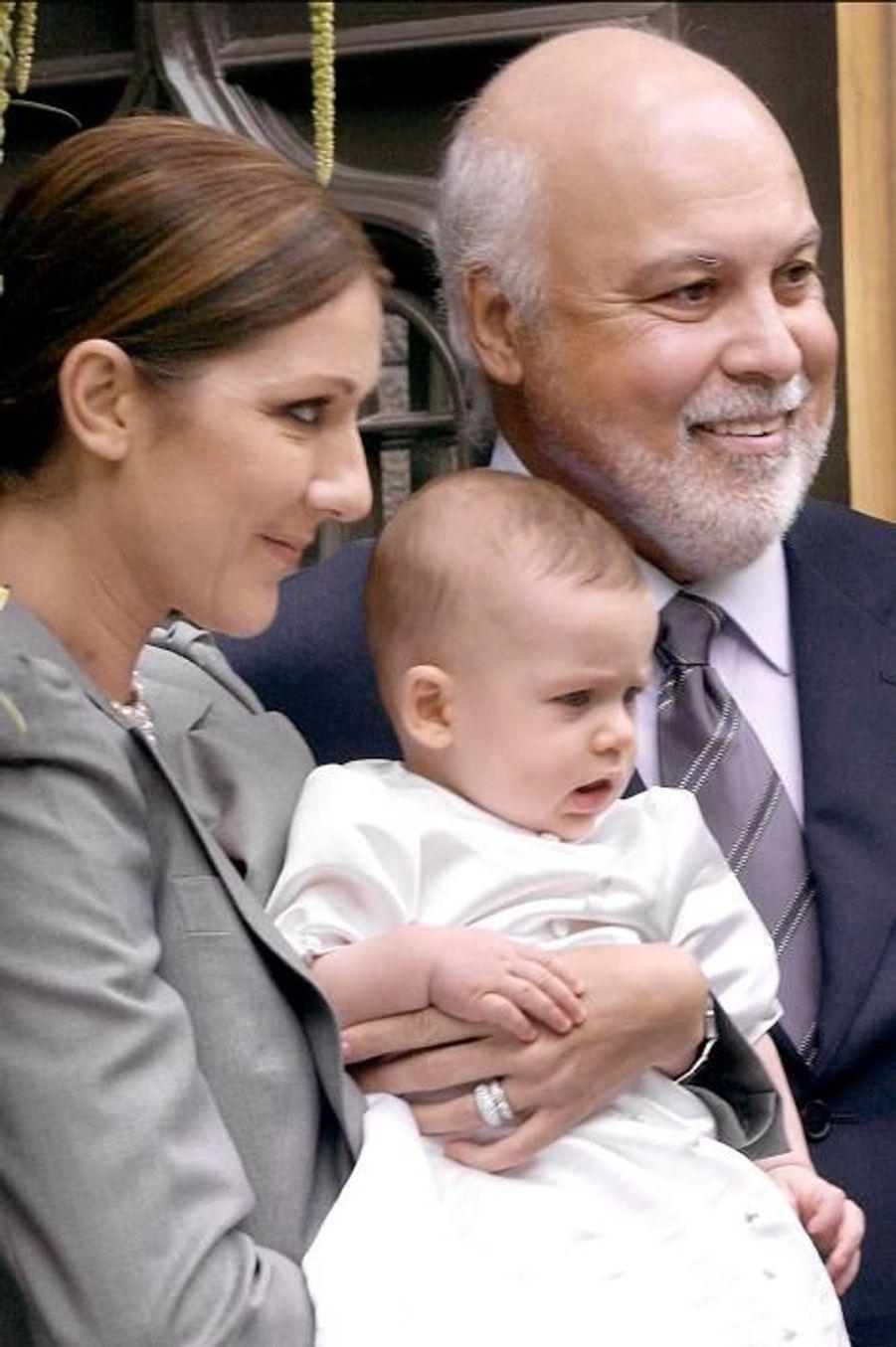 Le baptême de René-Charles, à l'âge de six mois, à Montréal, le 6 août 2001