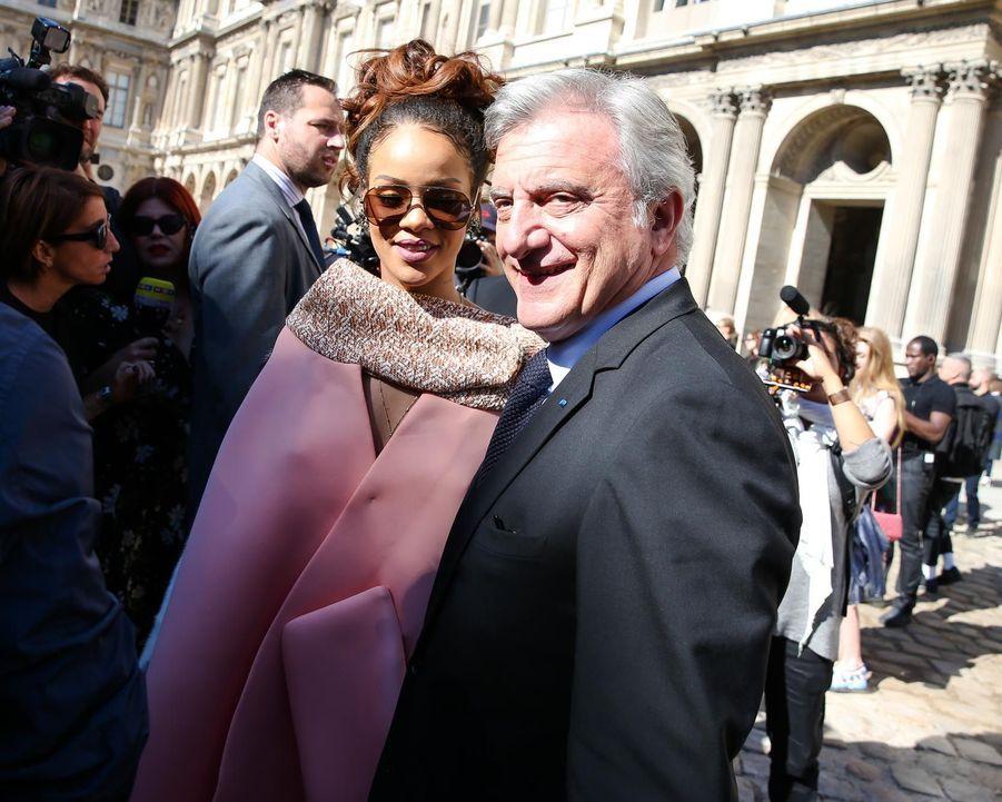 Rihanna et Sidney Toledano, le PDG de Christian Dior Couture