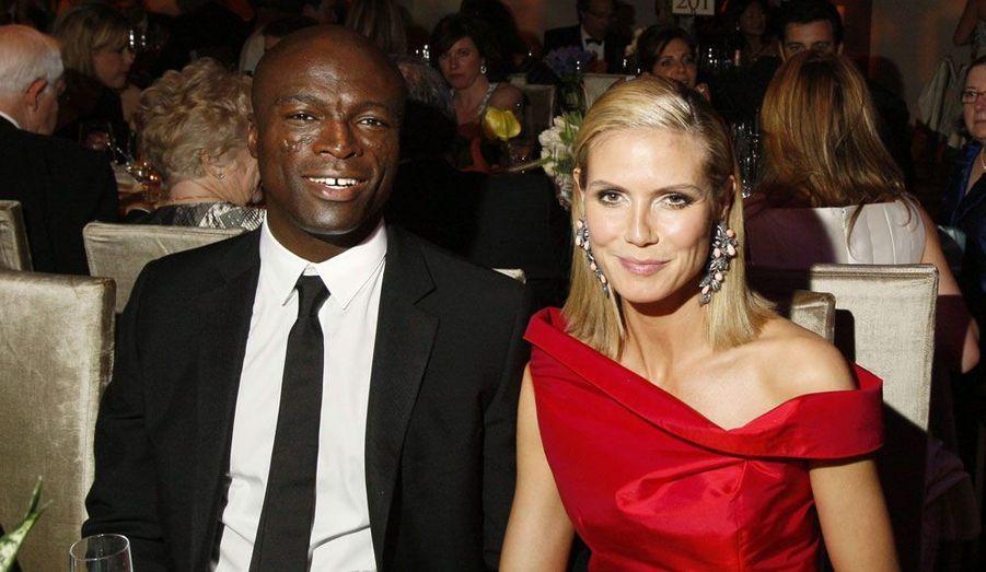 Ils mangent ensemble lors d'un dîner officiel organisé après la cérémonie des «Oscars» de 2009.