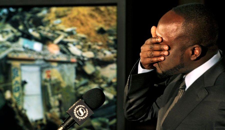 Originaire d'Haïti, Wyclef Jean, le leader des Fugees, a tenu une conférence à New York pour sensibiliser les foules.