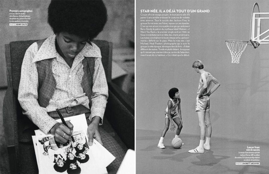 (A gauche): A 12 ans, dans les studios de la Motown, Michael dédicace des photos des Jackson Five avec la mine appliquée d'un écolier. (A droite): le temps d'une émission spéciale Jackson Five sur ABC au début des années 70, le jeune prodige déploie ses talents de basketteur.