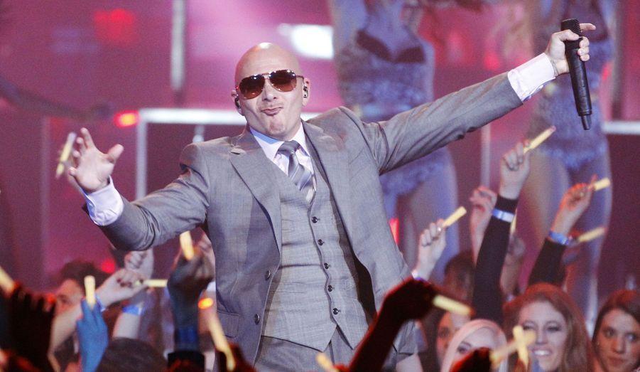 L'homme de la soirée, Pitbull
