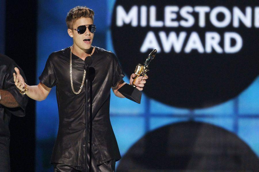 Justin Bieber, meilleur artiste masculin