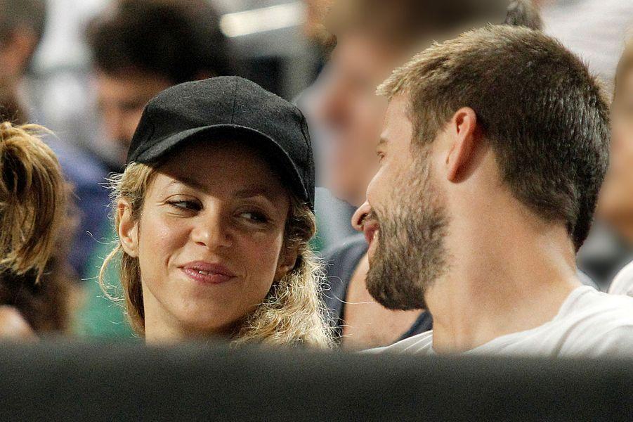 Shakira et Gérard Piqué lors de la Coupe du monde de basket à Barcelone, le 9 septembre 2014.
